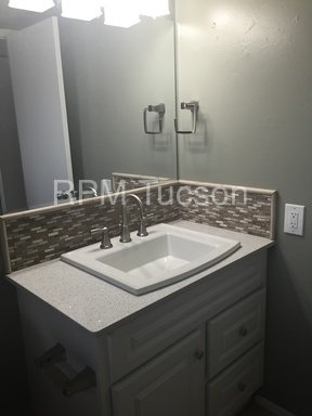 Tucson Property Managment Case Study Multi-Family Bathroom Accent Tile